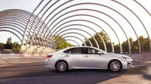 lexus of toronto the impeccably designed lexus es300h is very easy on the eyes