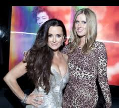 kyle richards hair extensions kyle richards long lush brunette hair hair health beauty blogs