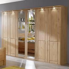 Schlafzimmerschrank Beleuchtung Schlafzimmerschrank Mit Drehtüren Und Spiegel Aus Erle Trikomo