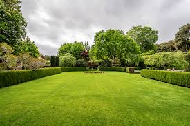 Garden Design Ideas For Large Gardens Some Interesting Garden Design Ideas For Large Gardens Home