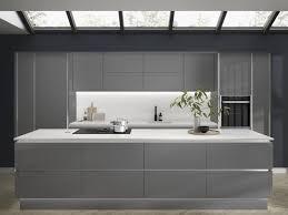 white gloss kitchen cupboards howdens kitchen cabinets buying guide kitchen units buying guide