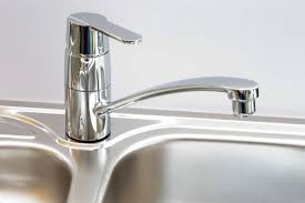 How To Fix A Leaky Kitchen Faucet by How To Adjust The Water Temperature On A Kitchen Faucet Diy