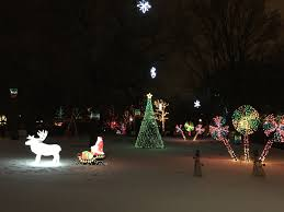 Zoo Lights Hours Chicago by Zoo Lights At Lincoln Park Zoo Fun For The Whole Family