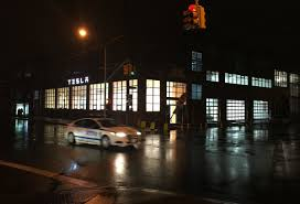 tesla dealership tesla u0027s new showroom in red hook nyc business insider