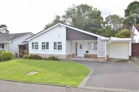 gladelands way broadstone dorset bh18 3 bedroom bungalow under