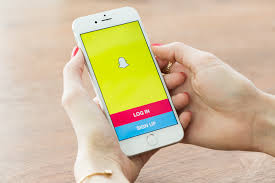 snapchat update gives users unique url to add friends with pc