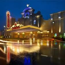 Rosemont Christmas Lights Amc Dine In Rosemont 18 97 Photos U0026 492 Reviews Cinema 9701