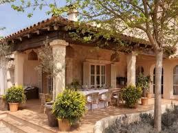 mediterranean style home interiors best 25 mediterranean style homes ideas on