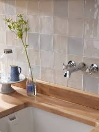 fliesen für die küche die besten 25 wandfliesen küche ideen auf küche