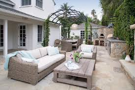 Outdoor Kitchen Designs With Pizza Oven by Arched Pergola With Outdoor Kitchen And Corner Pizza Oven