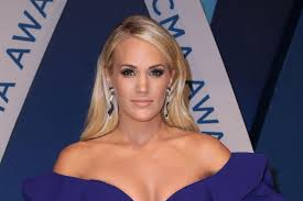 carrie underwood celebrating thanksgiving as a family for the