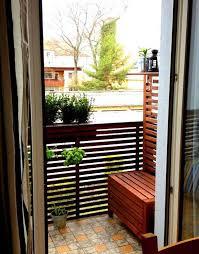 kleine balkone kleinen balkon gestalten ideen zur verschönerung bauen de