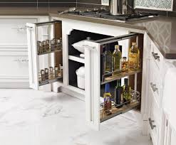 meuble à épices cuisine design interieur meuble angle cuisine moderne tiroirs espaces