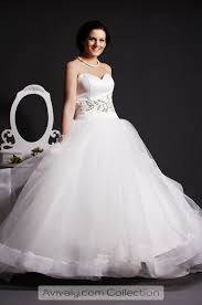 flowing wedding dresses whity beaded crystals tulle wedding gown avivaly