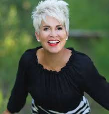 highlights for white hair on older women 71 best hairstyles images on pinterest shorter hair hairstyle