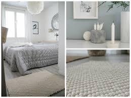 teppich skandinavisches design weißer filzkugel teppich im skandinavischen stil skandinavisches