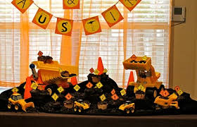 Construction Party Centerpieces by Construction Theme Party Kids Birthday Ideals Pinterest