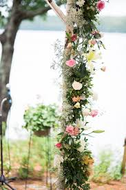 wedding arbor used oasis floral cage for arbor we used the oasis foam cages from