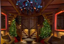 christmas tree house canopy cathedral treehouse aglow longwood gardens