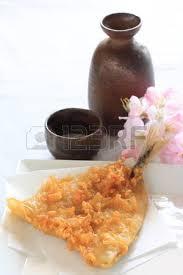 saké de cuisine cuisine japonaise sardine tempura au saké banque d images et photos