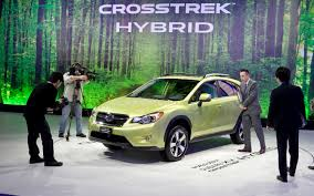 green subaru alfa lt pirmasis kompanijos u201esubaru xv u201c hibridas