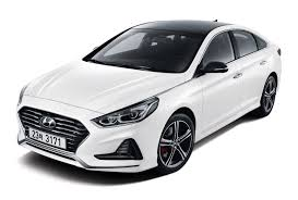 2018 hyundai sonata revealed hopes to stimulate midsize sales
