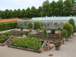 schlossküche herrenhausen bild kräutergarten schlossküche zu schlossküche herrenhausen in