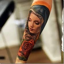 imagenes tatuajes de la virgen maria encantadora bella y colorida de la virgen maría en el brazo