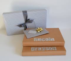 wrapping gifts for men