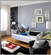Painting Small Rooms Dark Colors To Look Bigger Pictures - Best paint colors for small bedrooms