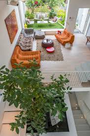 canapé et pouf assorti canapé modulable design dans une maison d architecte
