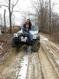 muddy jeep girls 6bbaa70669d1b719f65f05a510117697 jpg 720 960 pixels jeep
