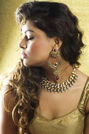 updos for curly hair i can do myself 10 best indian wedding hairstyles for curly hair style samba