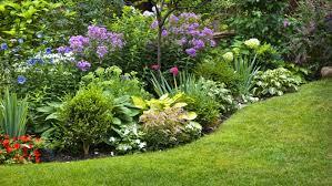 unique garden designs for both gardeners and