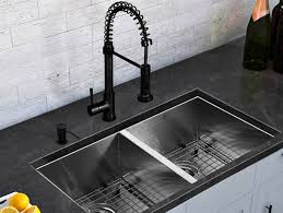 Best Sink Faucets Kitchen by 25 Best Ideas About Kitchen Faucets On Pinterest Kitchen Sink