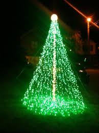 2010 green led 14ft mega tree gill s bright lights