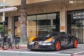 mayweather cars 2017 floyd mayweather reportedly buys bugatti chiron bugatti dealer