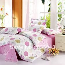 minimalist image of white bedroom decoration using white wood