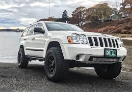 jeep grand cherokee all terrain tires jeep grand cherokee 32 inch tires pictures and wheel specs
