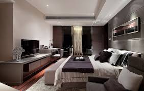Small Master Bedroom With King Size Bed Luxury Bedroom Design White Table Lamp On Black Round Rack