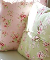 Shabby Chic Cushions by 360 Best Pretty Pillows Images On Pinterest Cushions Lace