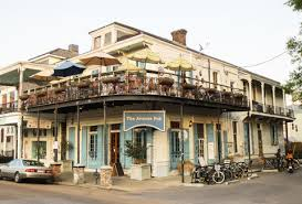the best bars in new orleans thrillist