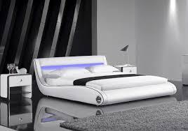 Schlafzimmer Bett Mit Led Sam Polsterbett Getano Led In Weiß Schwarz 180 X 200 Cm Bett Im
