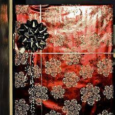 christmas door wrapping paper cheap ways to decorate for christmas lovetoknow