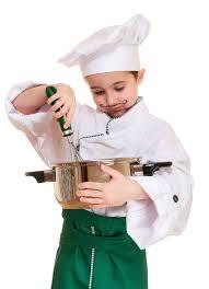 petit chef cuisine petit chef avec l ustensile de cuisine image stock image 23560709