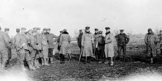 how true is 1914 christmas truce when enemies played football