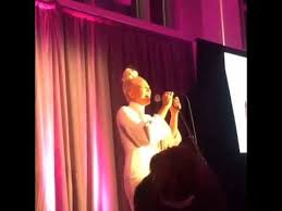Sia Singing Chandelier Live Sia Chandelier Live At The Gems Revolution Gala In Nyc Oct