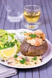 cuisine chasse sur rhone pom four pêcheur picture of restaurant la pataterie chasse sur
