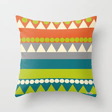 Pillow For Sofa by Best 10 Pillows For Sofa Ideas On Pinterest Cushions For Couch