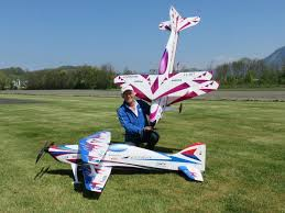 Rcuniverse Radio Control Airplanes Wolfgang Matt And His Design The Citrin By Oxai F3a Aerobatics